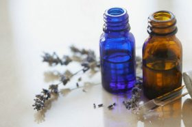 Essential Oils and Emotional Wellness: An Introduction for Therapists
